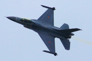 F16_03